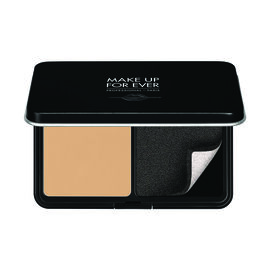 Matte Velvet Skin Compact